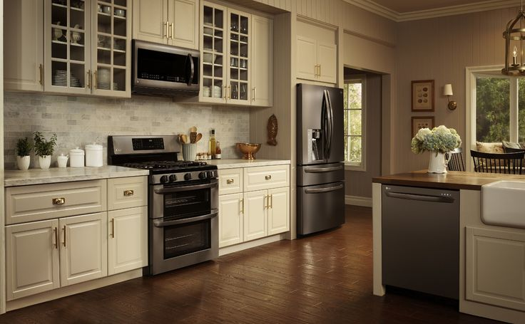 #LGLimitlessDesign #Contest LG Black Stainless Steel Series - Lifestyle - looks good with light cabinets
