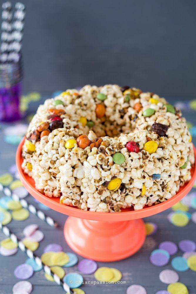 torta-di-popcorn-ricetta-per-festa-bambini. Popcorn cake nordicware
