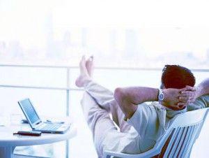 Lavoro online da casa - http://www.lavoridacasa.net/lavoro-online-da-casa/ - Lavoro online da casa: chi e come Il lavoro online da casa è una realtà piuttosto nuova, nata all'inizio del decennio con l'evolversi di internet e delle opportunità che il web ha da offrire. In precedenza al lavoro online esistevano solo lavori fisici, impieghi che costringevano lo spos...
