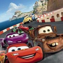 Fototapet - Cars Italy. Flot fototapet fra Disneys Biler 2 med blandt andre Lynet McQueen og Bumle, passer perfekt
