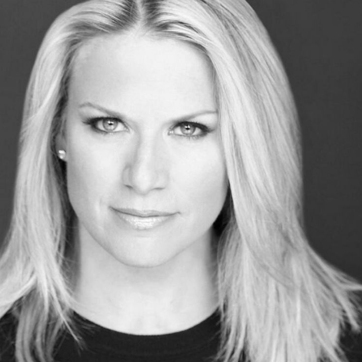 Martha MacCallum calls BS: '17 trillion in debt and this gov't can't get decent IT?'   Twitchy