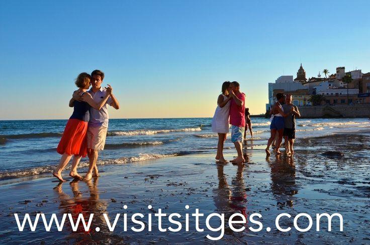 Festival Internacional de Tango Sitges 2014. http://www.visitsitges.com/es/fiestas-y-tradiciones/137-festival-internacional-de-tango-de-sitges
