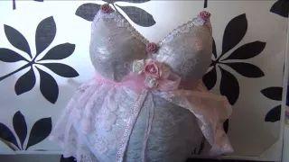 zwangerschaps gips buik  Belly cast with shabby chic decoration
