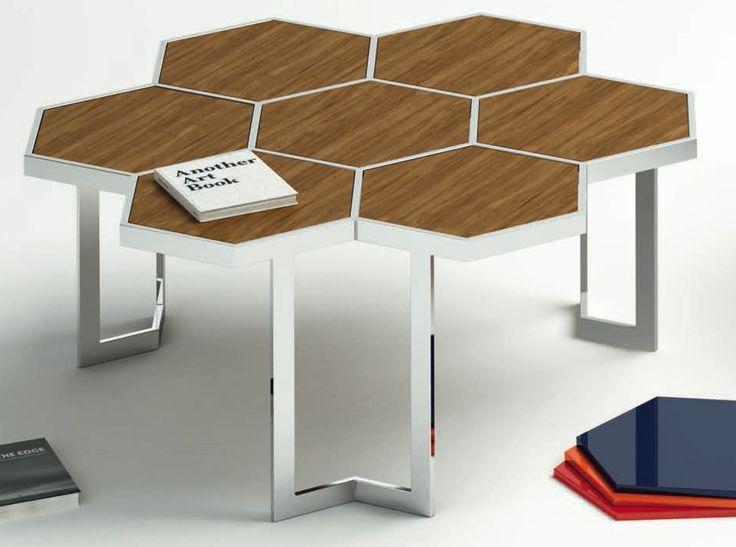 Mesa de centro 90 x 85 cm. estructura en acero inoxidable y tapa compuesta por hexágonos en madera o cristal.