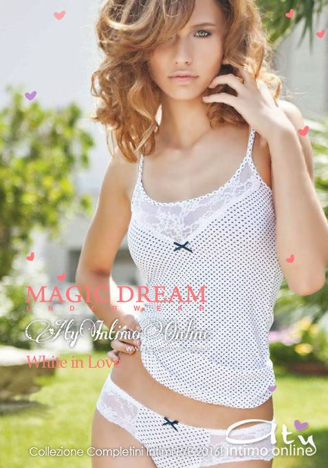 Romantica, grintosa, delicata ed intrigante è la collezione White in Love di MagicDream! Questa sera vi presentiamo le sensuali trasparenze del pizzo in inserto su romantico cotone a cuori per il freschissimo completino intimo Top e Slip. #moda #estate #lingerie http://www.atyintimoonline.it/119-intimo-magic-dream