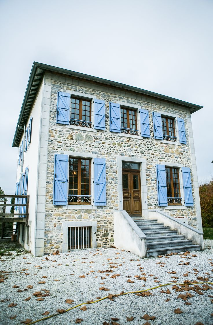 La Joliette, Oloron Ste Marie, Aquitaine, France. An elegantly furnished and imposing maison de maitre holiday rental, enjoying wonderful mountain views from its hill-top position.