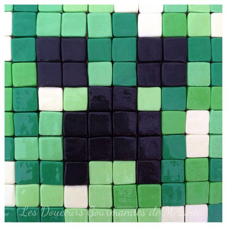 Résultat en image : creeper de Minecraft en pâte à sucre.