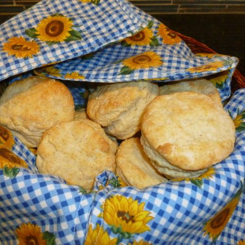 ** Buttermilk Biscuits **   Biscuits - a food staple of pioneer days.