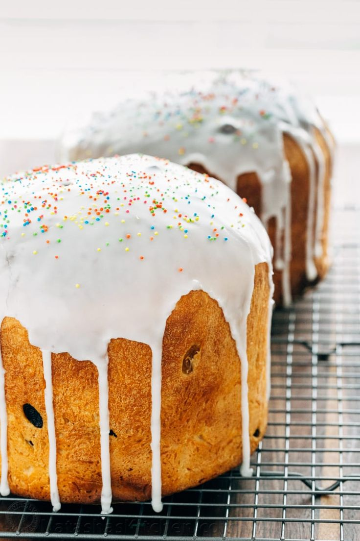 Paska (also known as Kulich) is a classic Easter Bread. It's a wonderful Easter tradition.
