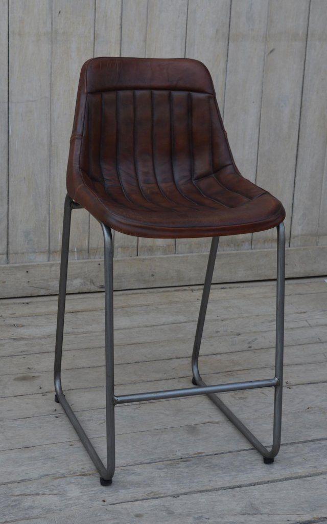 Bekväm barstol med ryggstöd