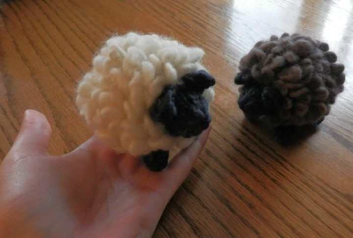 Knit Sheep for @Margo Morris for a diaper cake she made for her cousin's shower.