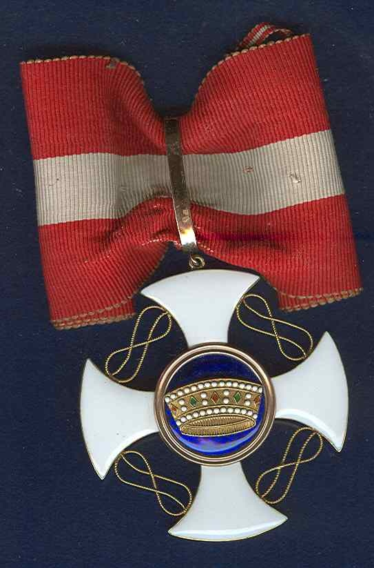Italy Order of Crown Gold Knight Badge