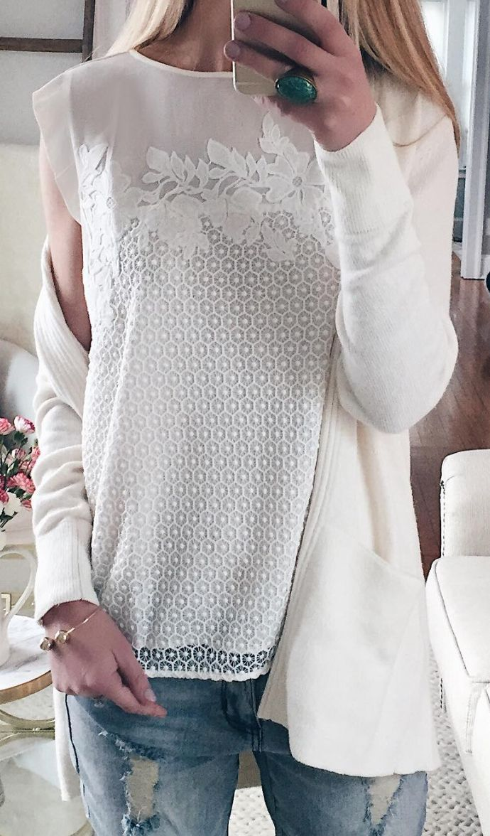 floral lace top in white
