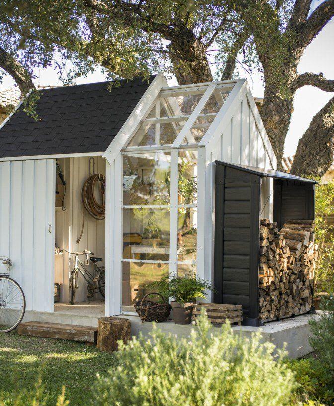 Un abri de jardin, pièce en plus ou rangement | Cabane | Pinterest ...