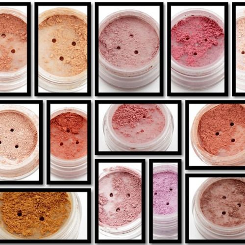 Color your cheek #handmade #mineral #makeup #blush #beautiful #colors #organic #ecochic #cleanliving #guiltfree #greenliving #kimcosmetics #oslo #norway #photooftheday #instadaily #picoftheday #instagram #nofilter #dressyourface #lookamill  www.kim4u.no