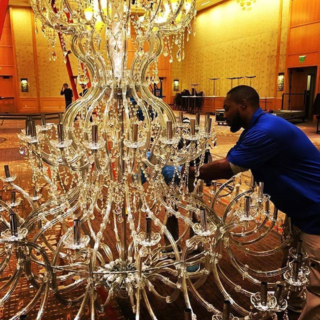 These Beautiful Chandeliers Traveled All The Way To Seattle From