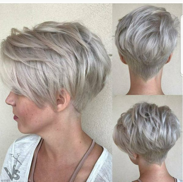 1-Smooky Blond Pixie Schnitt