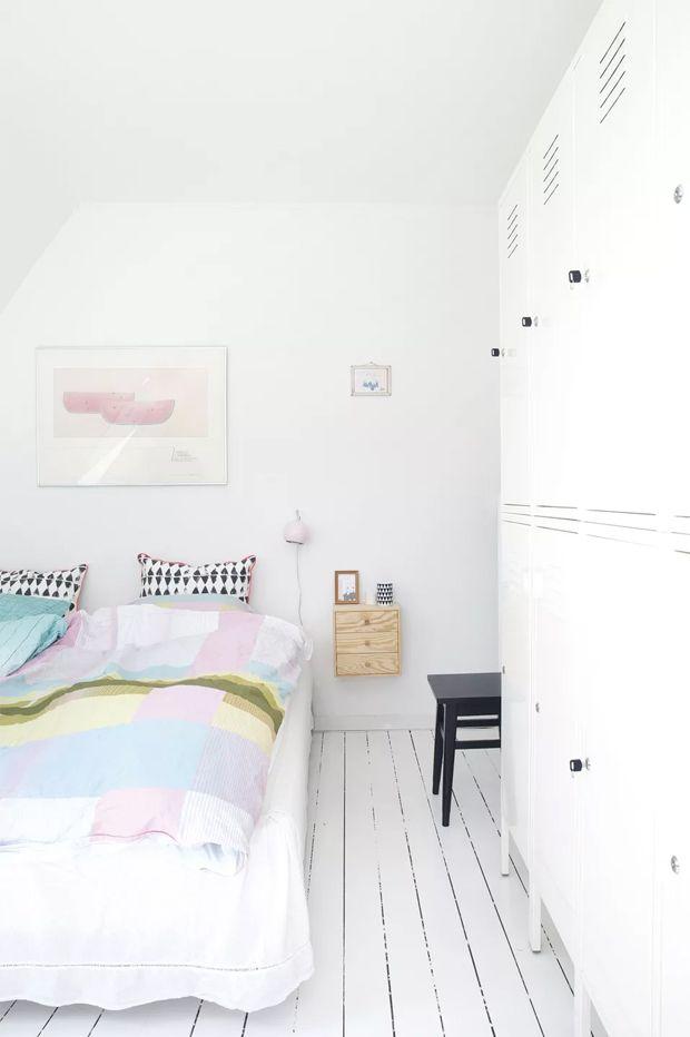 white scandinavian bedroom