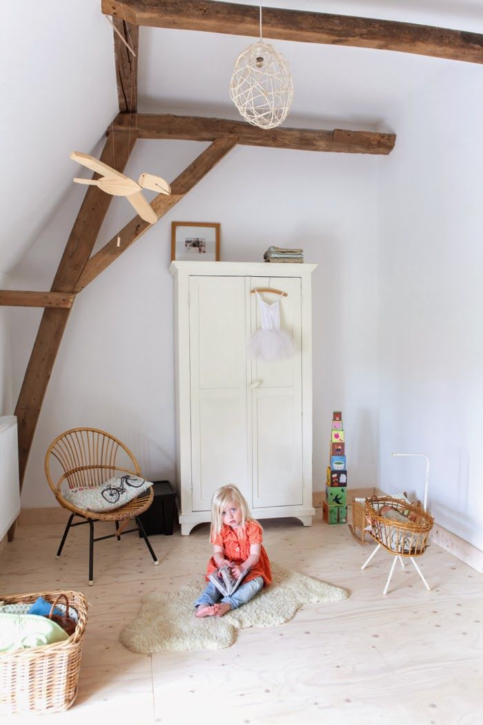 children's room with natural materials