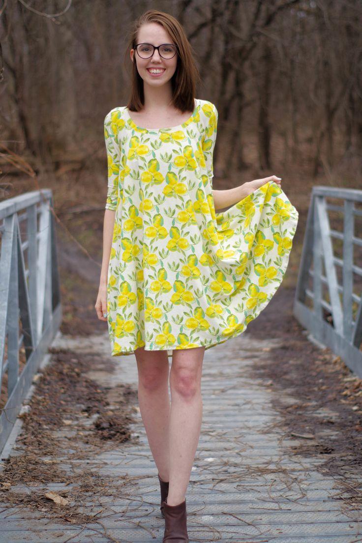 Rachel's Ebony Dress - http://makerstyle.ca/blog/lemon-y-ebony-dress