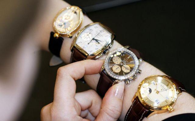 Τα ελβετικά ρολόγια πάνε...πίσω στις διεθνείς αγορές: Τα ελβετικά ρολόγια πάνε πίσω στις παγκόσμιες αγορές. Σύμφωνα με επίσημα στοιχεία, οι…