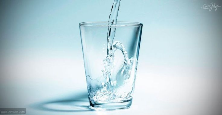 6 Reasons To Drink Alkaline Water And How To Make It