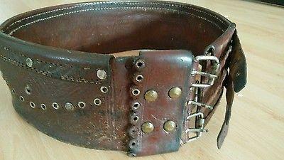 Alter sächsischer Trachtengürtel Mannsgurt aus Siebenbürgen - Geldtasche Leder