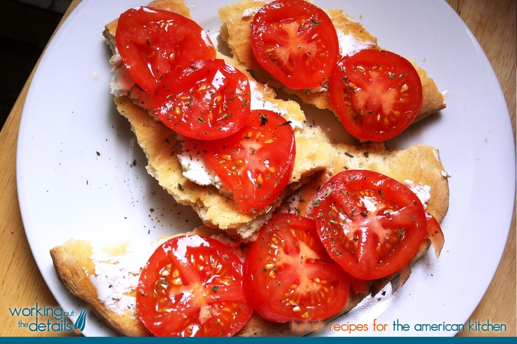 Turkish Flatbread with Goat Cheese, Fresh Tomatoes  and Mint on Working Out the Details 2