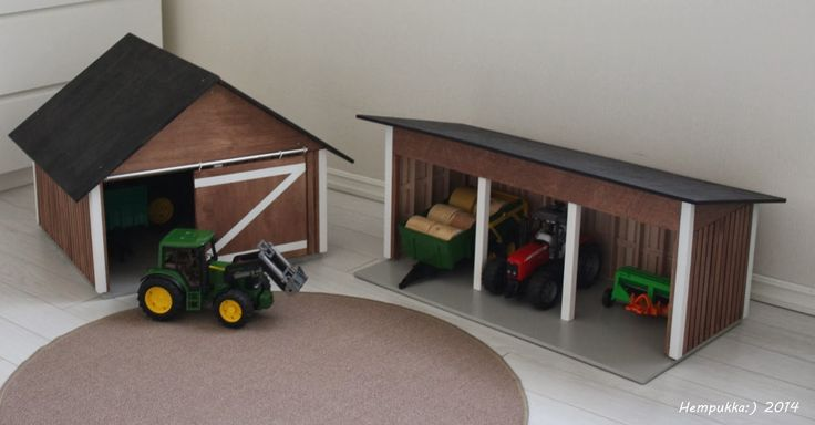 wooden machinery hall for bruder toy tracktor