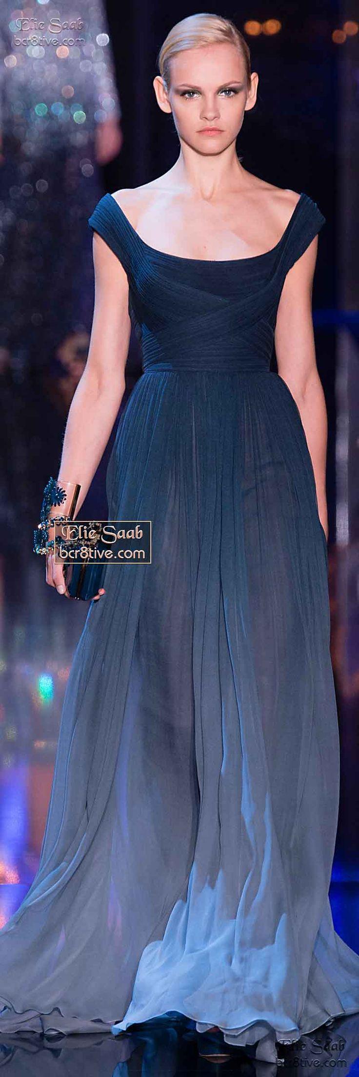 Elie Saab Fall Winter 2014-15 Haute Couture Este vestido me lembra um Valentino de 25 anos atrás