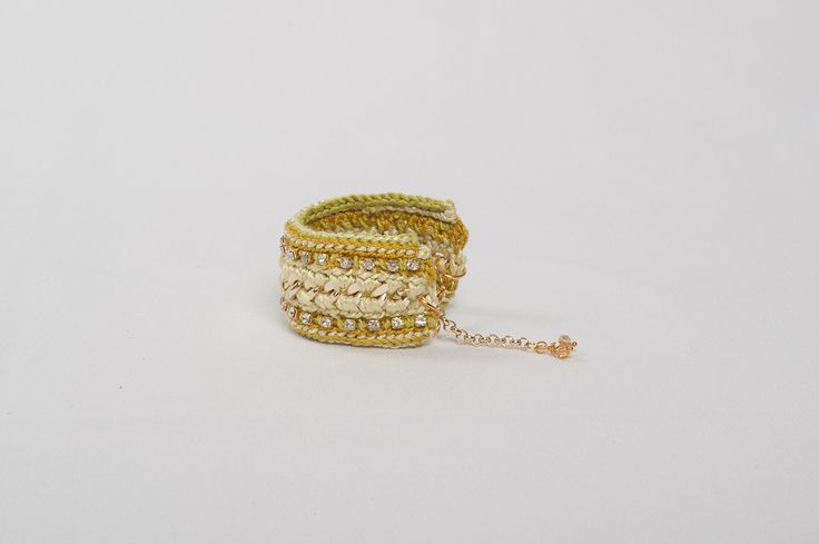 Joy - lime bracelet from http://stylewise.gr/
