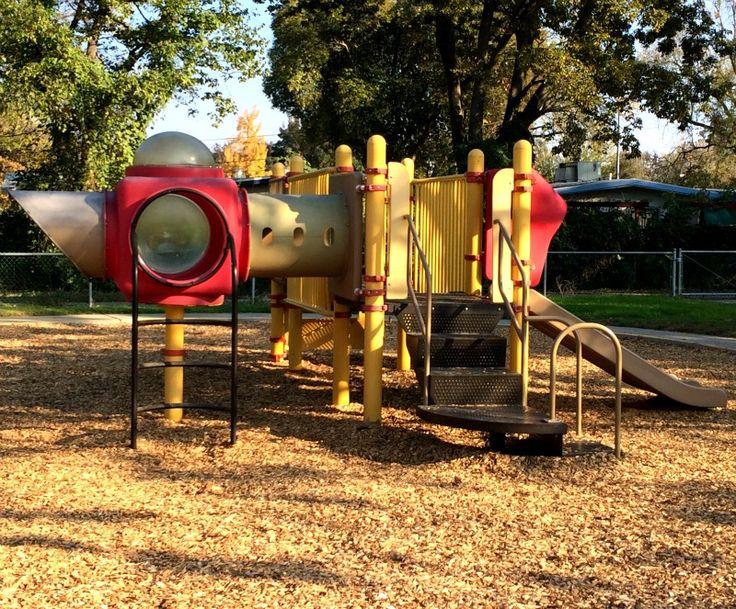 DJUSD Valley Oak Preschool - 1400 E. 8th St., Davis, CA  95616; Phone 530-757-5340 Fax 530-757-5472; HOURS/DATES OF OPERATION:                  Monday – Friday, 7:30 a.m.  – 4:45 p.m. The Valley Oak Preschool is open 180 days per year and follows the DJUSD instructional Calendar