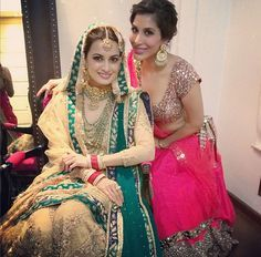 Dia Mirza's friend and actress Sophie Choudry shared a picture of herself with the bride at the wedding ceremony.