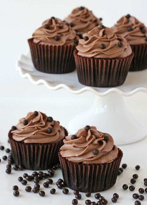Chocolate Kahlua Cupcakes (or Chocolate Espresso Cupcakes) - by Glorious Treats