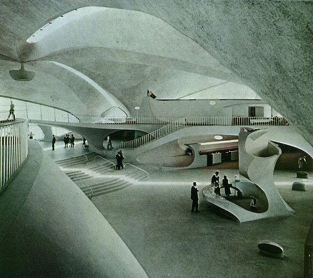 TWA Flight Center, JFK Airport, NY - Eero Saarinen, 1962.