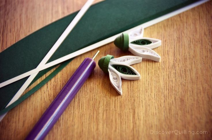 paper quilling snowdrops green and white