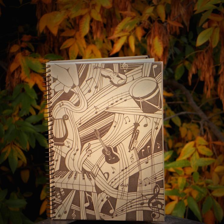 http://www.facebook.com/pages/Miraquebueno-Cuadernos-serigrafiados