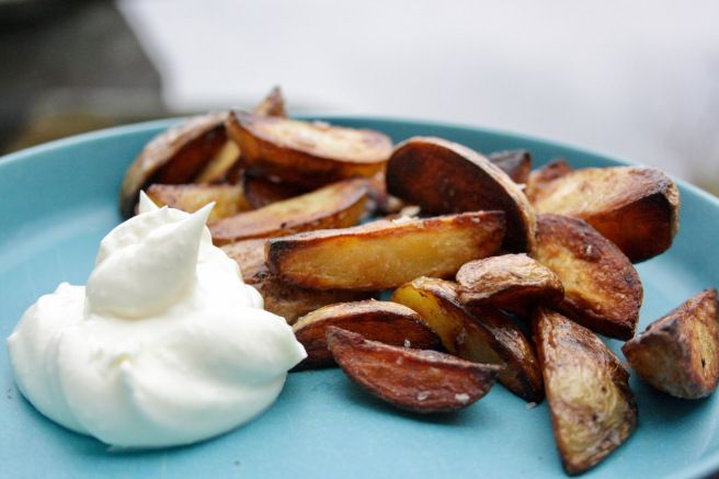 Råstekte poteter med maldonsalt og aioli