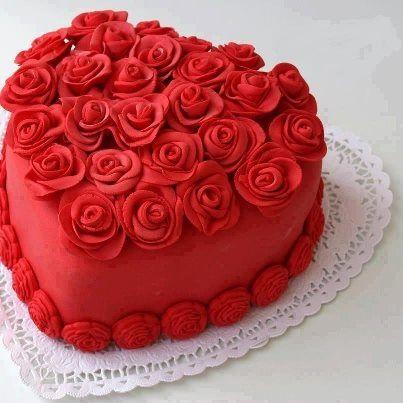 lacarolita: ~ Red heart-shaped cake ~