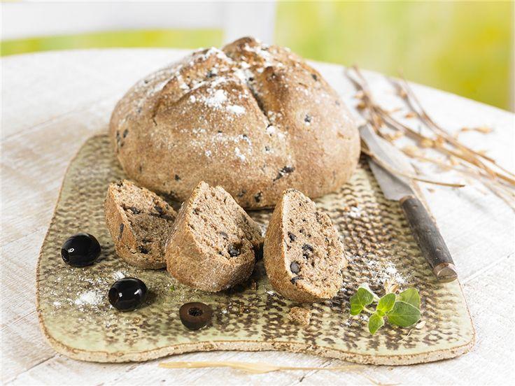 Pan de olivas y orégano