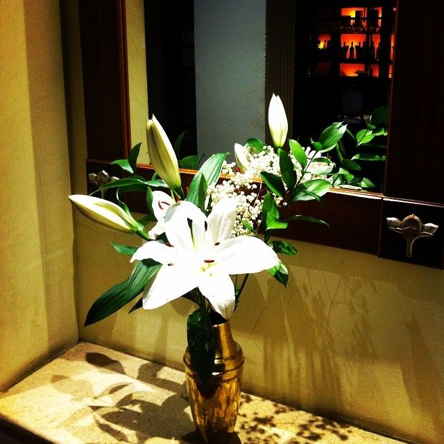 Happy Monday #Bucharest! #flowers #residencehotels