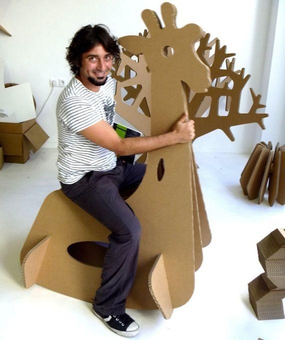 Simplemente con cartón / Just simply cardboard