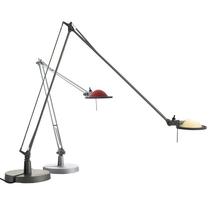 Luceplan Berenice, lampada da tavolo leggera e di design. Riflettore o diffusore di diversi colori.