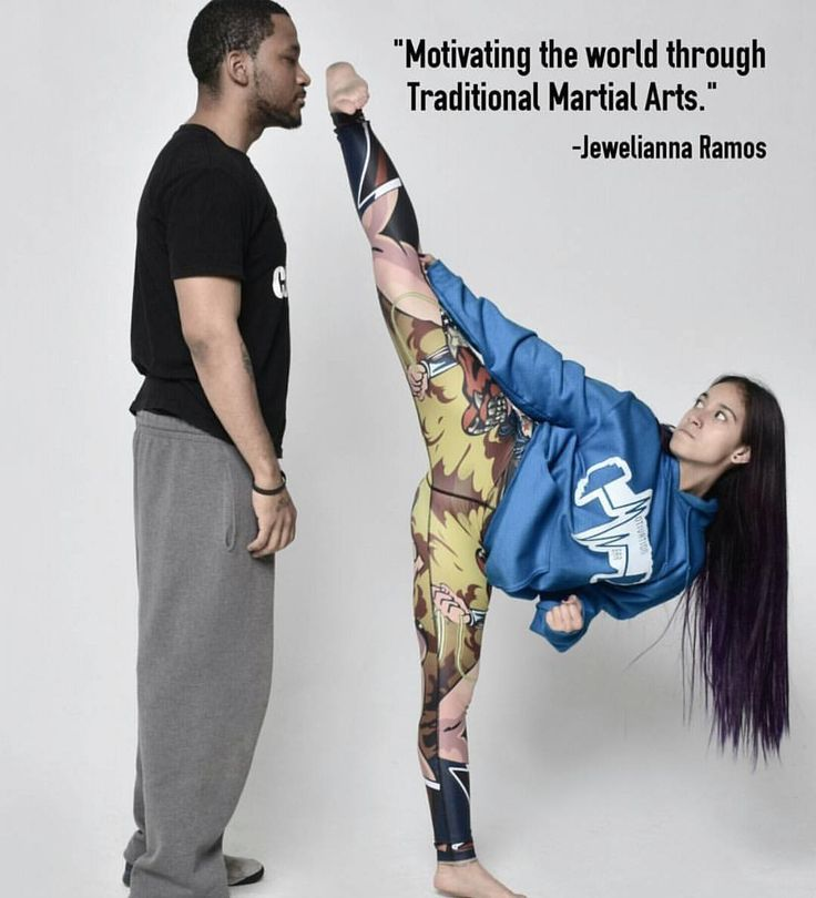 """347 tykkäystä, 1 kommenttia - Christopher Eng (@best_martial_arts_kicks) Instagramissa: """"@motivationwear #sidekick #martialart #martialarts #martialartist #taekwondo #tkd #kick #karate…"""""""