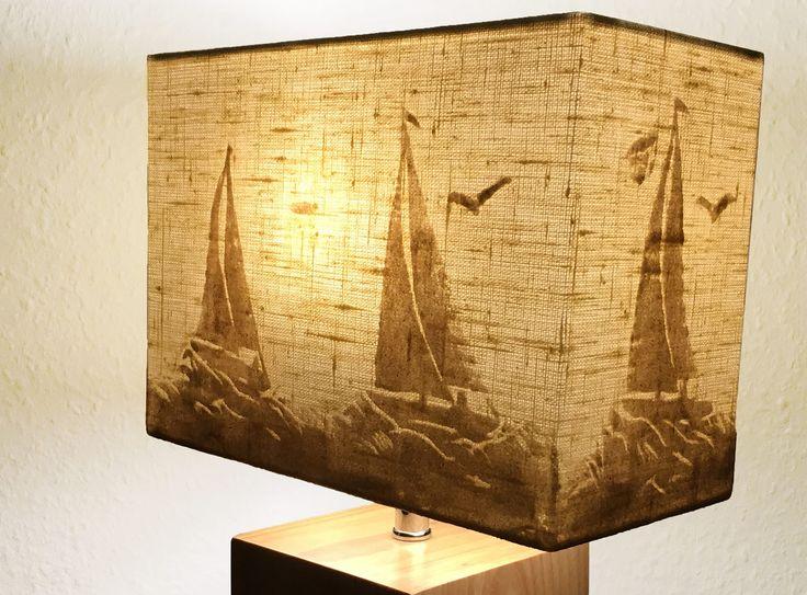 In der dunklen Jahreszeit kaufen die Menschen Lampen und Lampenschirme - auch SandLicht Lampen mit Sand sind bald in ausgewählten Läden und Shop zu kaufen.