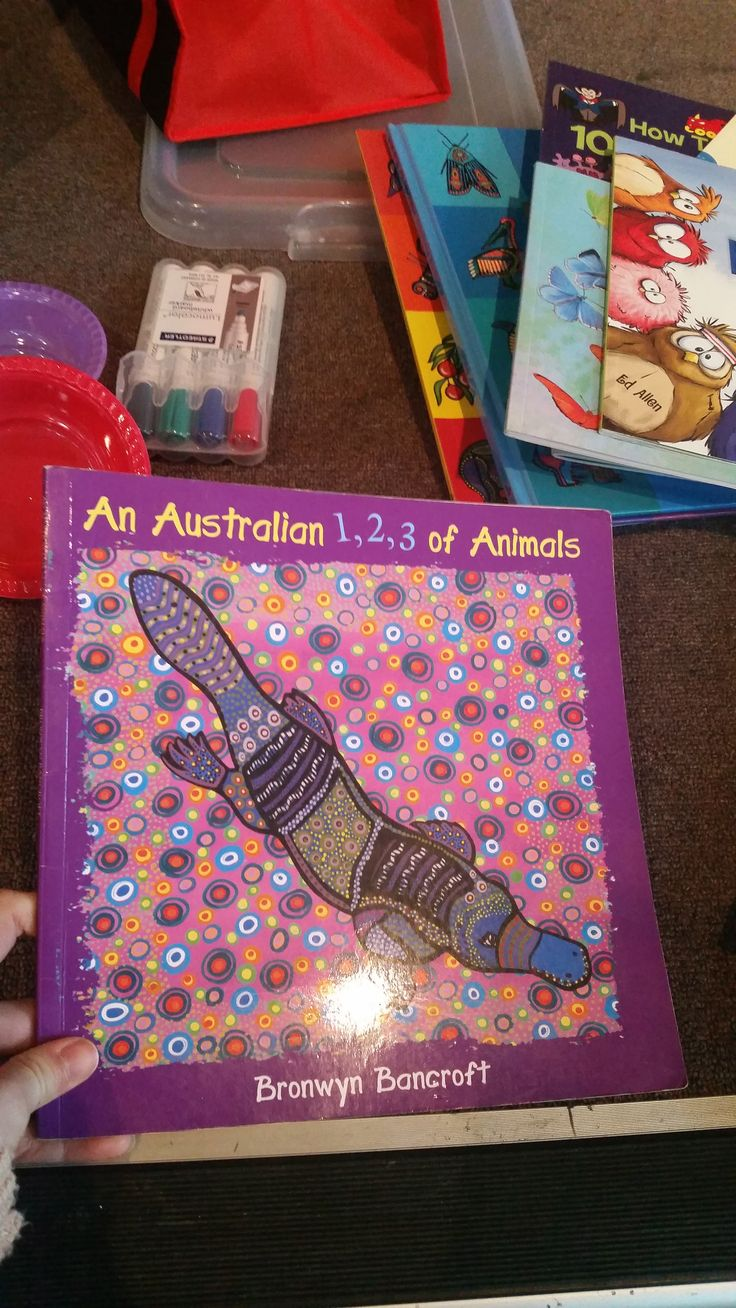 An Australian 1,2,3 of Animals by Bronwyn Bancroft -Every page has a double or near double  Task- students create a double page spread for the author with a double or near double