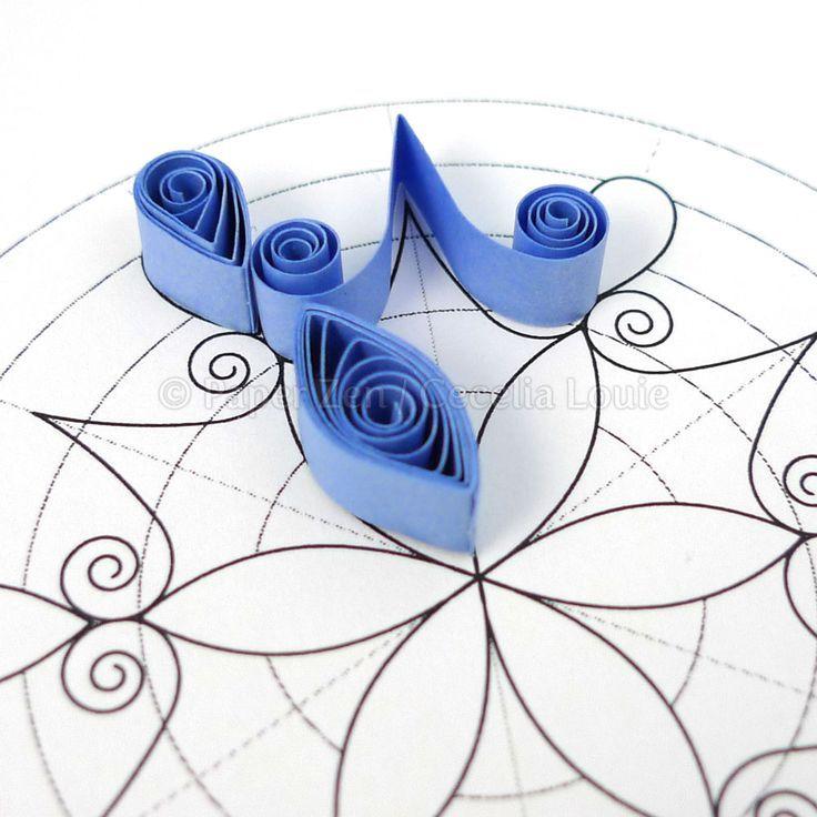 épinglé par ❃❀CM❁✿Paper Zen: Quilling Snowflake Pattern: Arctic. Free template. Start quilling now – no rulers needed!