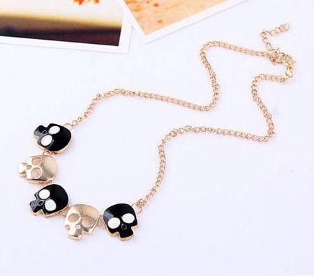 Colar Caveiras Preta  #colar #caveira #skull #necklace