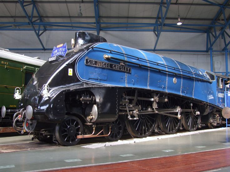 https://flic.kr/p/f6FxP8 | LNER A4 60007 Sir Nigel Gresley in the NRM Great Hall (05/07/2013 | A resident at the North Yorkshire Moors, LNER A4 60007 Sir Nigel Gresley stands proud in her BR Blue livery, inside the National Railway Museum's Great Hall. 05/07/2013