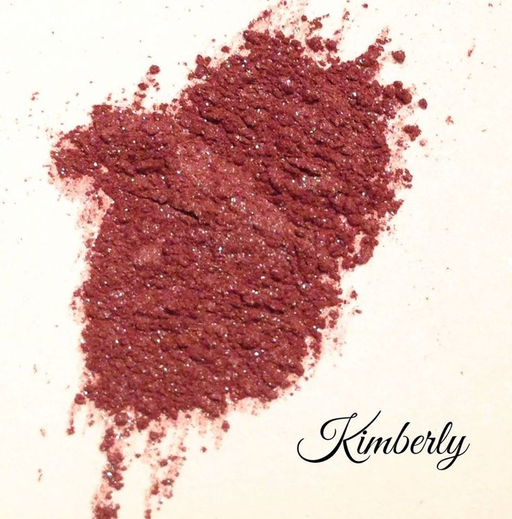 Here's Kimberly! Another beautiful @crazydaisy eyeshadow!This one is brownish pink shimmer alive with sparkles!!! Handmade and paraben free!! #sparkles #kimberly #brown #pink #eyeshadows #crazydaisy #shimmer
